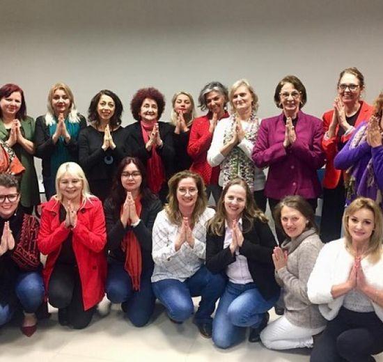 Numea promove palesta sobre meditação