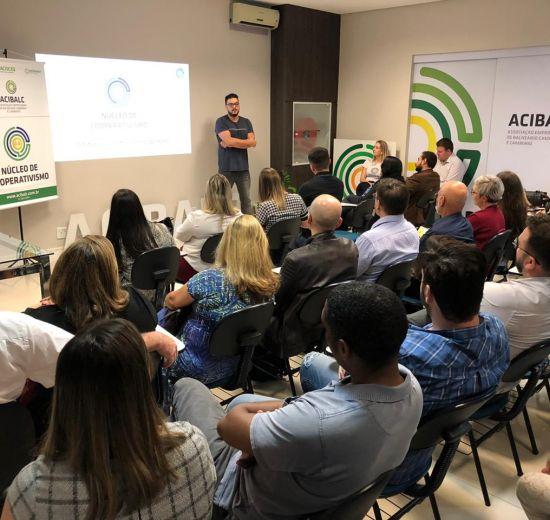 Rodada de Negócios reúne 40 empresários na Acibalc